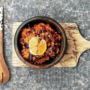 Fasola z ryżem i warzywami w stylu afrykańskim