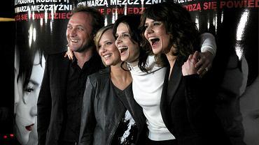"""Andrzej Chyra, Joanna Kulig, Juliette Binoche i reżyserka Małgorzata Szumowska na premierze filmu """"Sponsoring"""""""