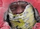 Ciężkie warunki na Gasherbrumie I: nocna zadyma i odmrożenia