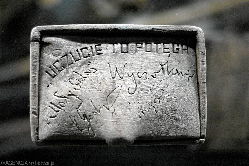 Eksponat z grobów ekshumacyjnych z Katynia