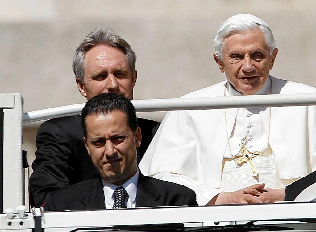 Paolo Gabriele na zdjęciu na pierwszym planie