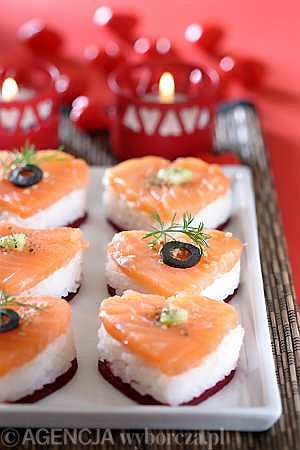Przepis z Ugotuj.to: Serduszka sushi