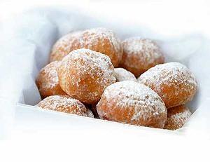 Gorące mini doughnuts (amerykańskie pączki)