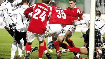 W roku 2008 Zagłębie Sosnowiec po raz ostatni rywalizowało z Legią Warszawa w Ekstraklasie