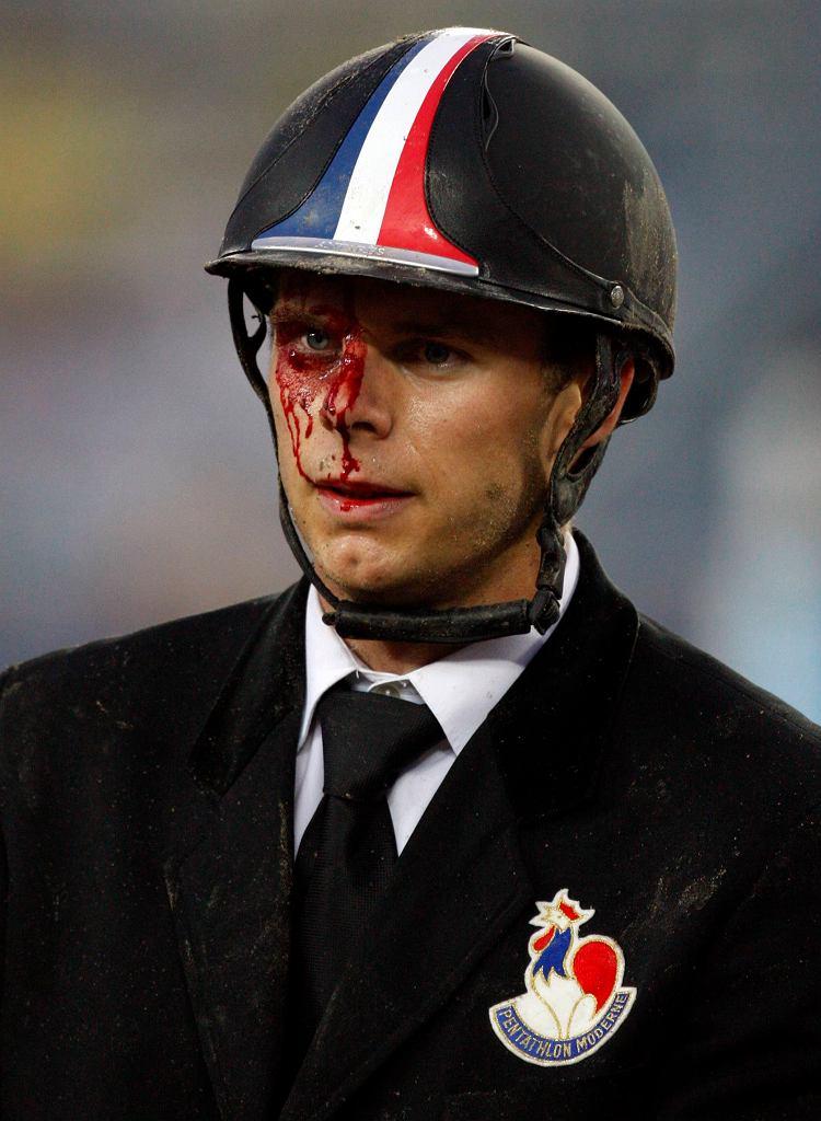 John Zakrzewski z Francji spadł z konia, ale się nie poddał
