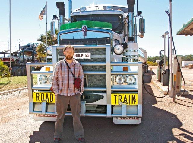 Monstrualne ciężarówki odgrywają tu rolę pociągów