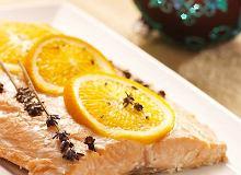Łosoś z pomarańczami, goździkami, lawendą i odrobiną miodu - ugotuj