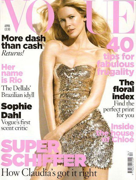 Claudia Schiffer na okładce kwietniowego numeru brytyjskiego Vogue'a (skan własny)