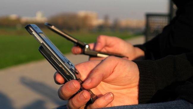 Kupujemy coraz mniej telefonów?