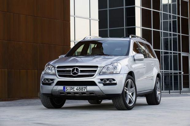 Mercedes GL na niebiesko