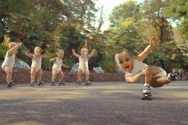 Dzieci tańczą w reklamie fot .youtube.com