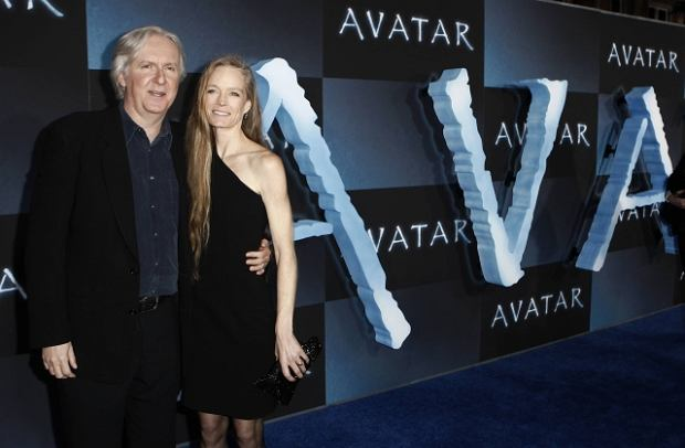 Reżyser James Cameron wraz z żoną Suzy Amis na premierze filmu