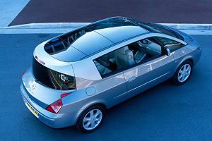 Historia kołem sie toczy - Renault