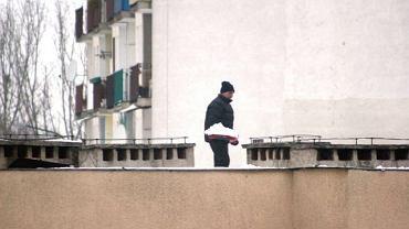 Nadzór budowlany dokładnie sprawdza, czy na dachach nie zalega zbyt dużo śniegu