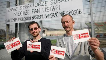Na zdjęciu dwóch z armii obrońców ''Trójki'': Łukasz Adamowski i Piotr Jedliński