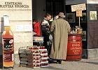 Dziki handel żałobny kwitnie na Krakowskim Przedmieściu