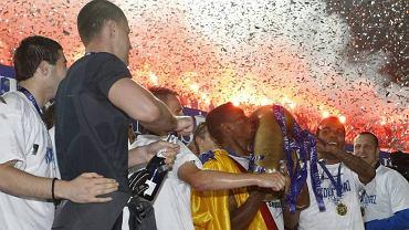 Confetti po zwycięskim dla Lecha finale Pucharu Polski w 2009 roku