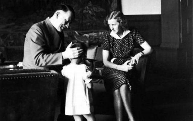 Hitler z Ewą Braun i jej siostrzenicą.