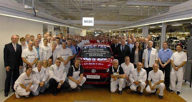 15-milionowy Golf zjechał z taśm fabryki w Wolfsburgu