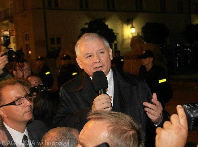 Prezes PiS podczas piątkowego marszu pamięci