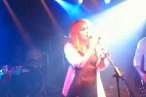 Courtney Love na koncercie w Nowym Jorku.