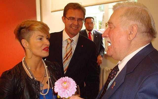 Ania Voigt z mężem na urodzinach prezydenta Lecha Wałęsy.