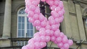 Różowa wstążka - symbol marszu