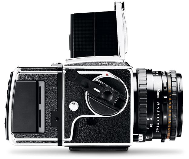 Hasselblad 503CWD, korpus w zestawie z przystawką cyfrową i obiektywem, ok. 12 tys. euro