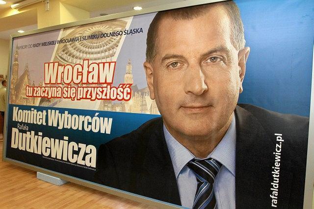 Plakaty Rafała Dutkiewicza na wybory samorządowe