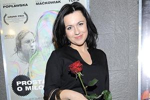 Beatę Tadlę kojarzą wszyscy z TVN 24. Prezenterka rzadko pojawia się publicznie. We wtorek przyszła na premierę filmu Prosta historia o miłości.