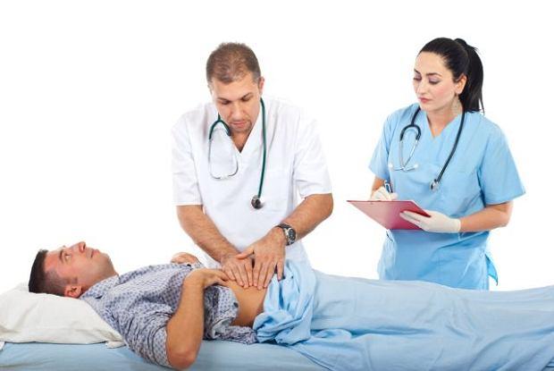 Gastroenterolog (gastrolog) - czym się zajmuje i kiedy warto się do niego udać?