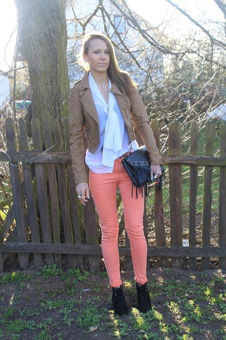 spodnie - h&m, kurtka - bershka, bluzka - własny projekt, buty - allegro, torebka - h&m