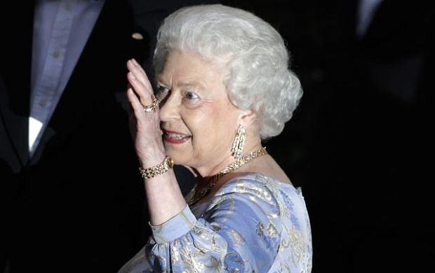 Królowa Elżbieta II w przededniu ślubu księcia Williama i Kate Middleton wydała przyjęcie, na którym aż się roiło od księżnych i książąt.