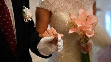 W USA odbywają się bale dziewic. Biorą w nich udział ojcowie i ich córki