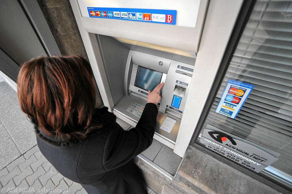 Wypłata z bankomatu