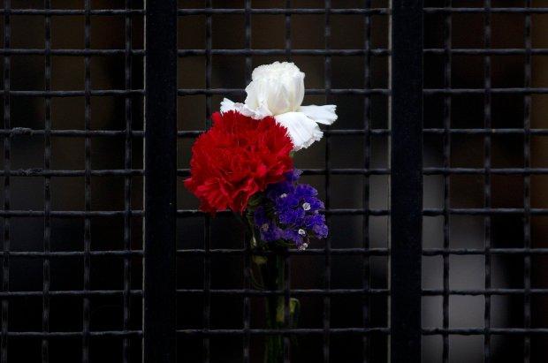 Zdjęcie numer 0 w galerii - Zamachy w Paryżu. Cały świat solidaryzuje się z Francuzami