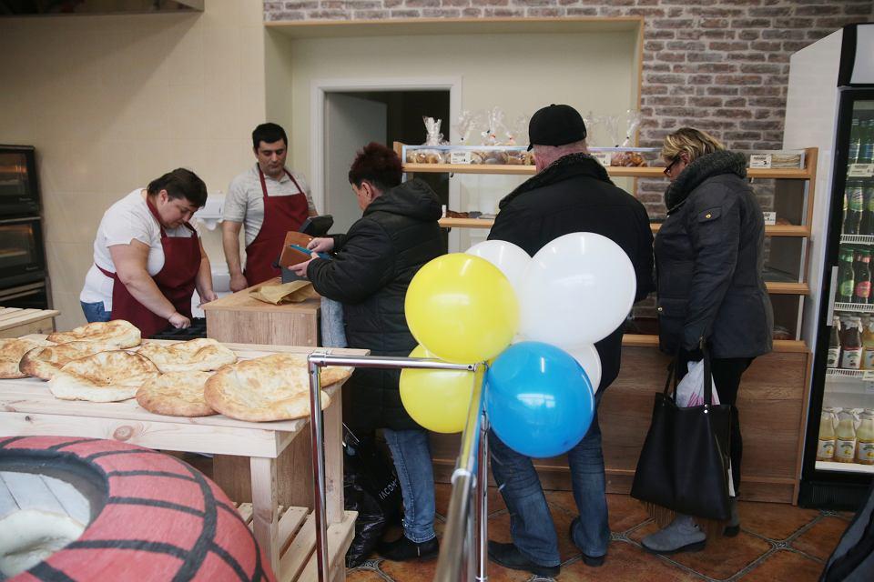 Wyjatkowa Piekarnia Serwuje Ormiansko Gruzinskie Przysmaki Zdjecie