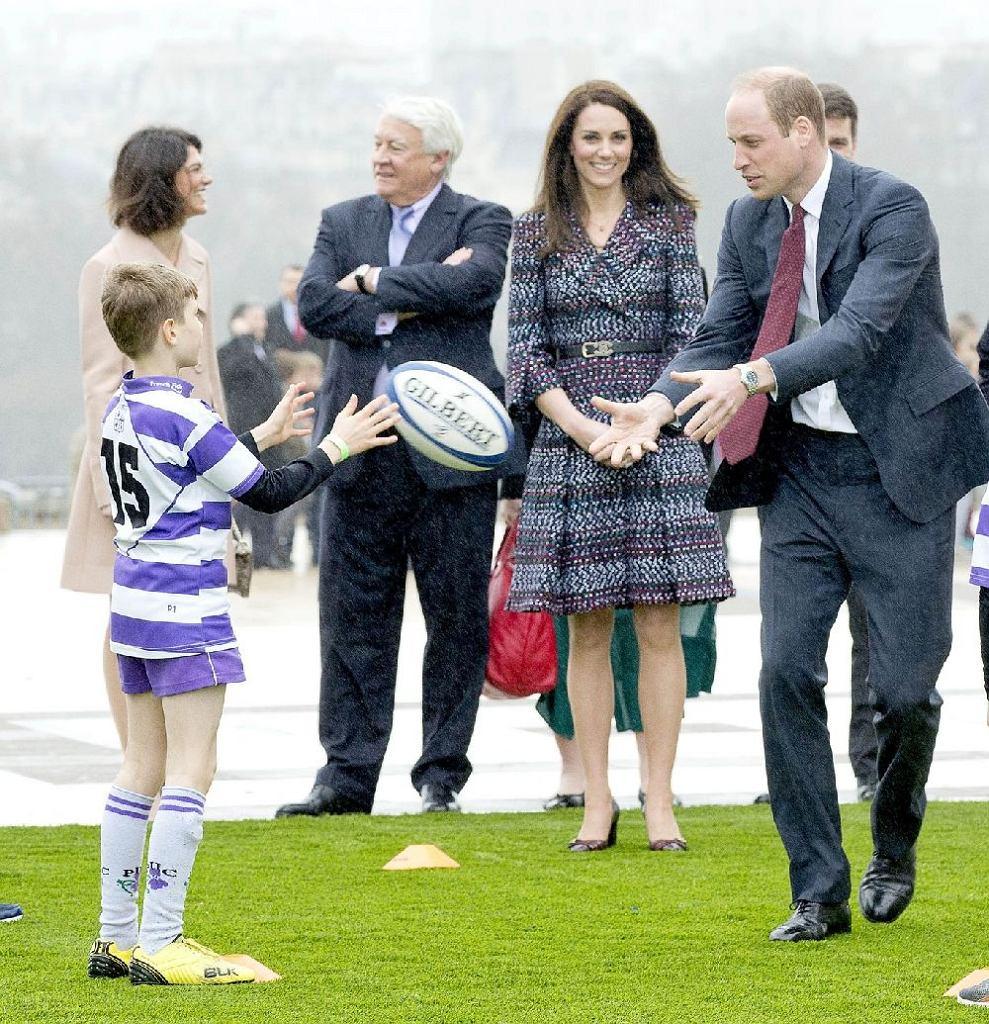 Księżna Kate w zestawie Chanel
