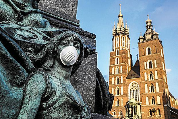 W zimie maskę antysmogową powinniśmy nosić codziennie