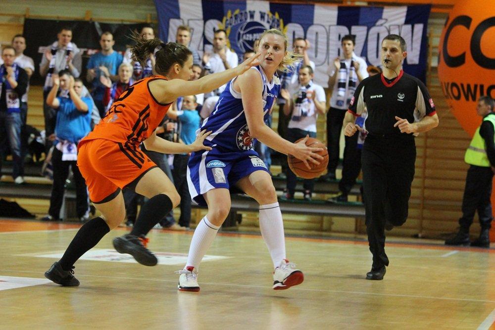 Basket Liga Kobiet: CCC Polkowice - KSSSE AZS PWSZ Gorzów 61:49
