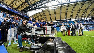 Kamera TV na meczu Lecha Poznań