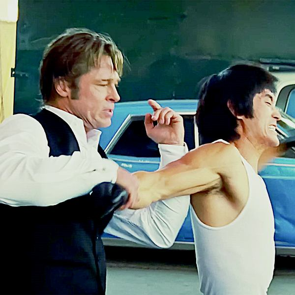 U Tarantino Cliff Booth (czyli Brad Pitt) dołożył Bruce'owi Lee. W rzeczywistości sztuka walki 'Brusliego' jest bardzo skuteczna. Wybraliśmy się na warszawski Grochów, by tam zainscenizować pojedynek.