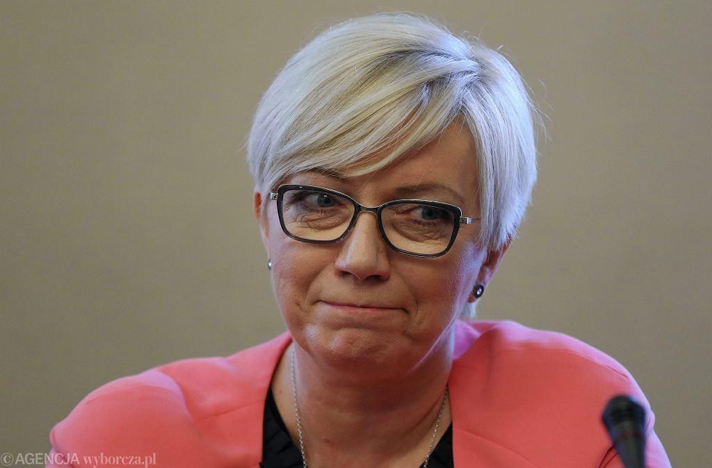 Julia Przyłębska - prezes TK z nadania partii rządzącej - podczas posiedzenia połączonych Komisji Sprawiedliwości i Praw Człowieka, oraz Komisji Ustawodawczej. Warszawa, Sejm, 30 kwietnia 2018