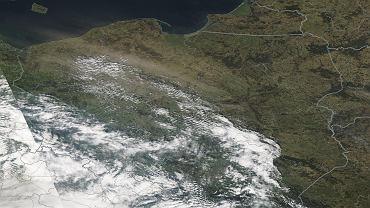 Zawieje pyłowe nad Polską na zdjęciach satelitarnych
