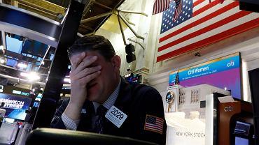 """""""Absolutny chaos"""", """"szaleństwo to mało powiedziane"""". Załamanie na giełdach, ostry spadek cen ropy i koronawirus"""