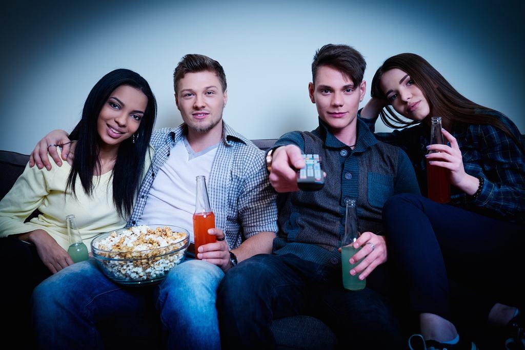 Filmy o szkole to dobry pomysł na seans w gronie przyjaciół. Zdjęcie ilustracyjne, Nejron Photo/shutterstock.com