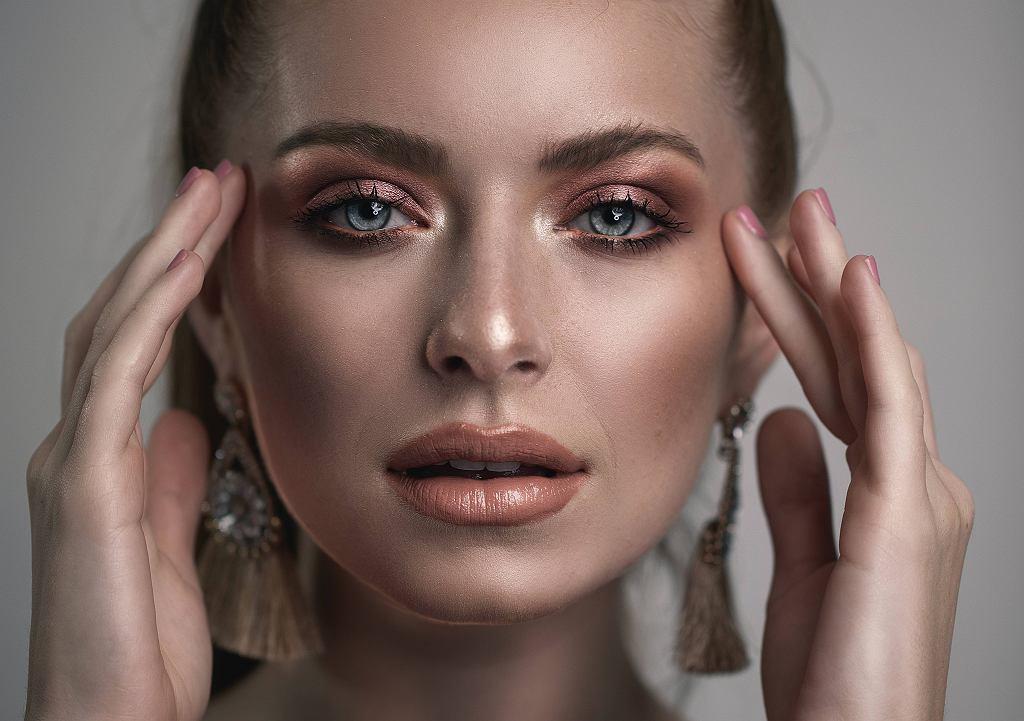 Modny makijaż ślubny 2021