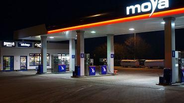 stacja paliw Moya