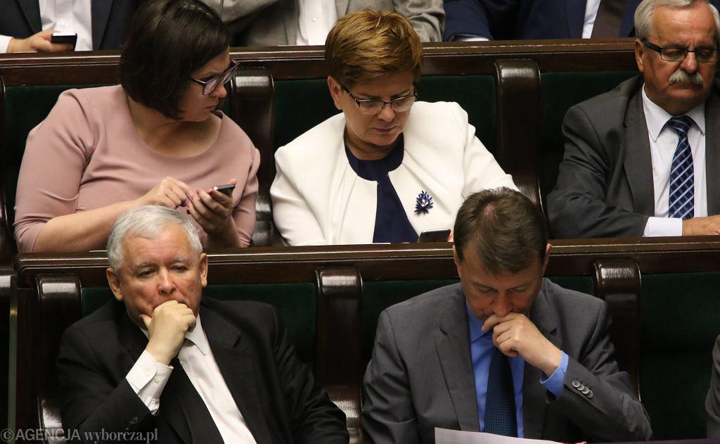 Małgorzata Sadurska , Beata Szydło , Jarosław Kaczyński i Mariusz Błaszczak