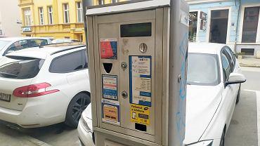 Piątek, 26 marca 2021 r. Strefa płatnego parkowania w Gorzowie